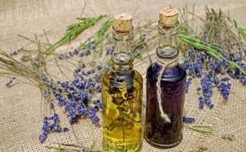 essential oils cancer lavender